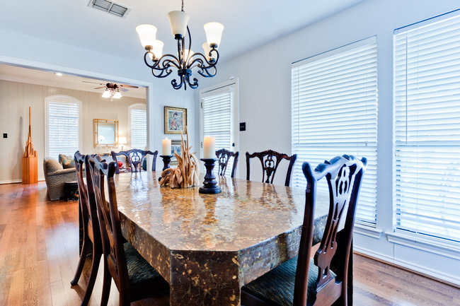 6402_covecreek_dining