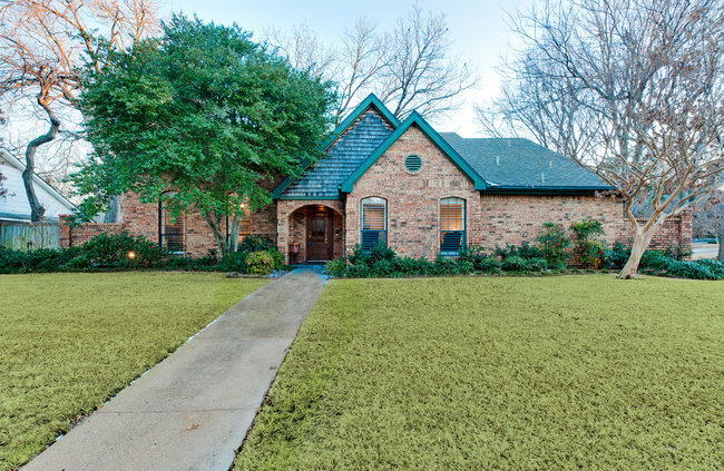 6402_covecreek_front