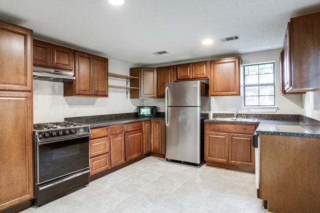 6748-avalon-ave-guest-kitchen
