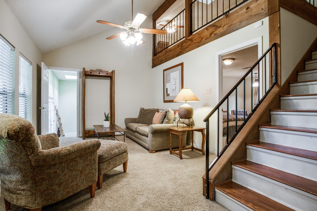 6748-avalon-ave-guest-living