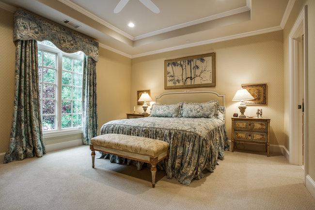 6130-desco-bedroom2
