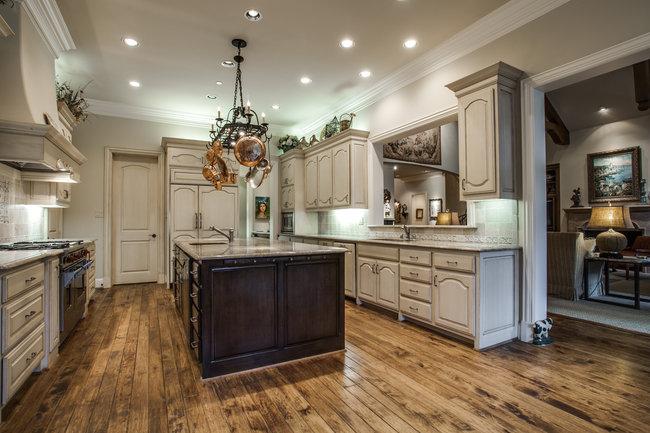 6130-desco-kitchen