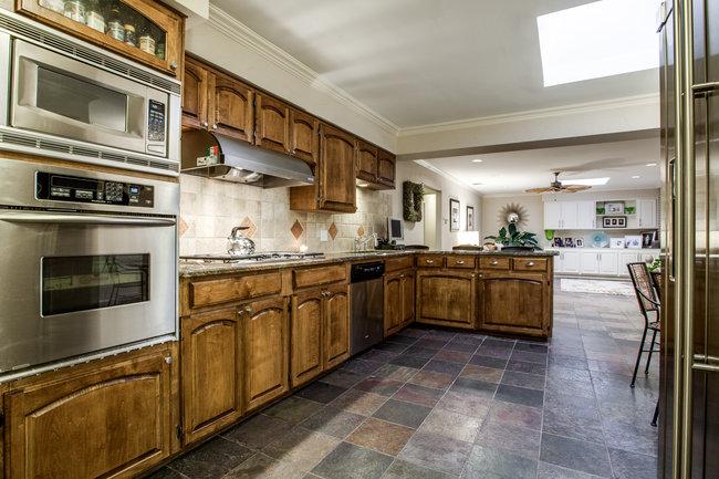 7406-northaven-kitchen
