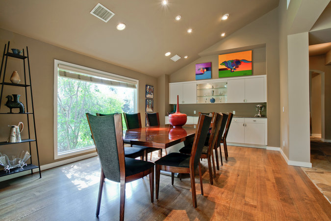 6831Fisher_dining