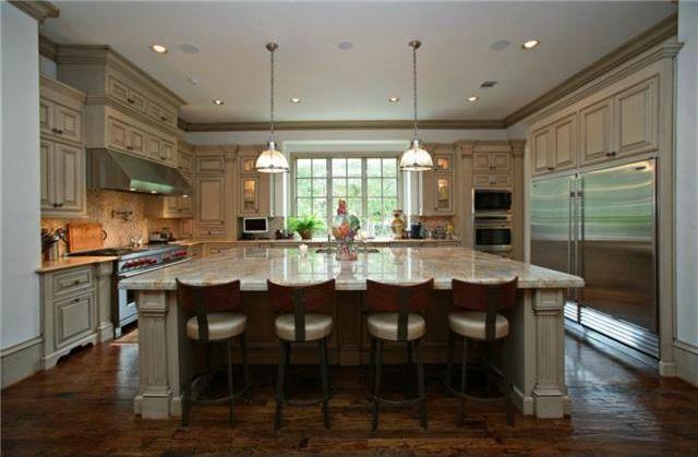 3801 Normdandy_kitchen