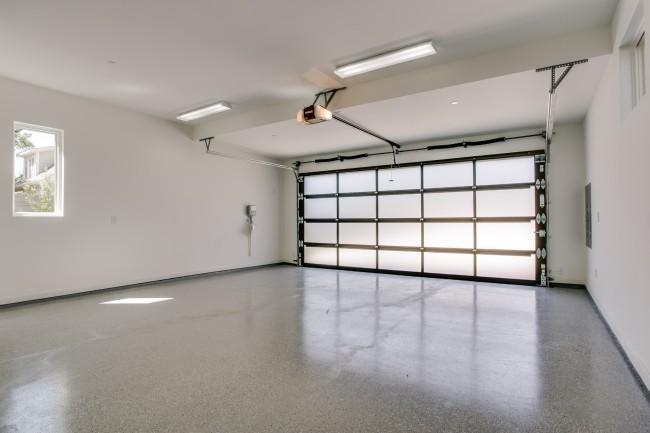 3604 Shenandoah Garage