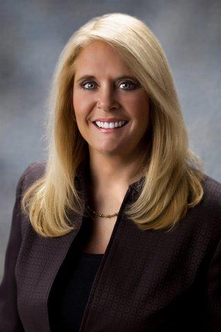 Agents of Change :: Leslie Rouda Smith