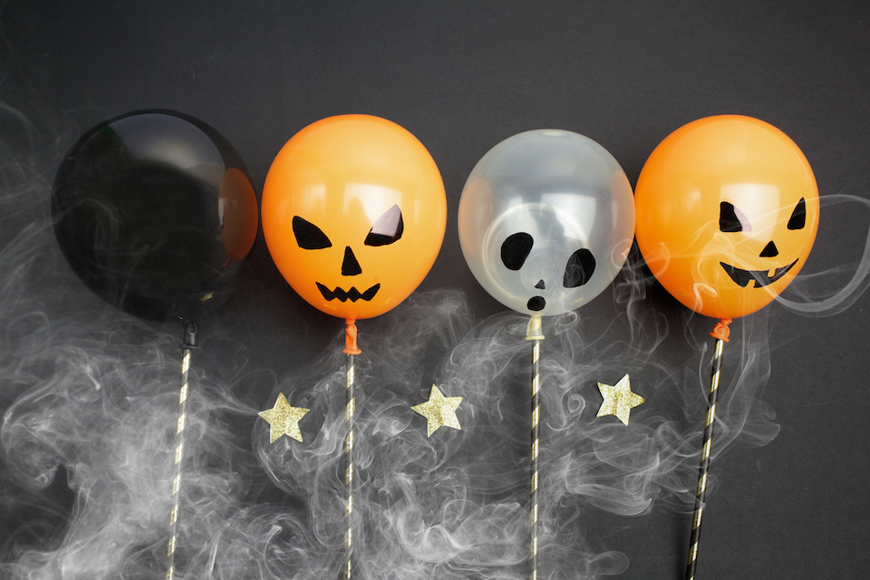 Last-Minute Halloween Decorations