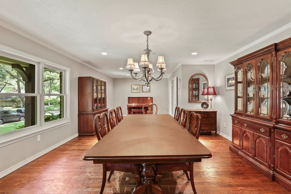 10 Thanksgiving Dining Rooms